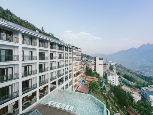 BAMBOO SAPA HOTEL <br> A STEP TO HEAVEN